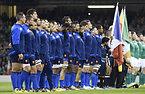試合前、整列するフランスの選手たち=ロイター