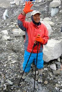81歳でのエベレスト登頂を目指すシェルチャンさん=近藤幸夫撮影