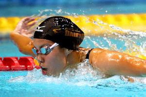 写真:女子200メートルバタフライ決勝、日本新記録で優勝した星奈津美=樫山晃生撮影