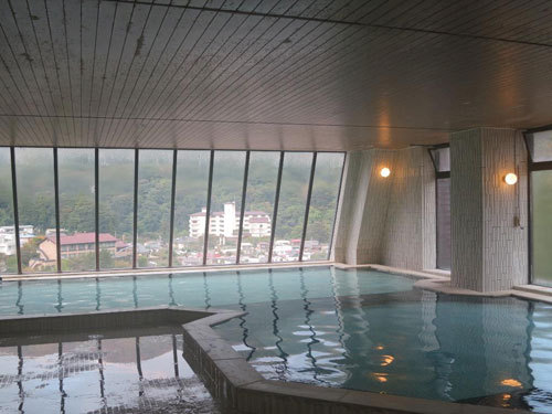 写真:12階から川治温泉を見下ろす展望風呂は気持ちよかった