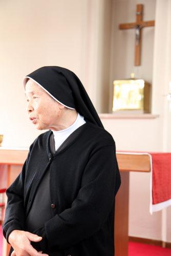 写真:「カクレも同じカトリックです」と語る、桐修道院のカトリック修道女・下本照子シスター