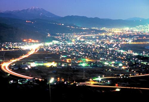 写真:姨捨駅からの夜景イメージ