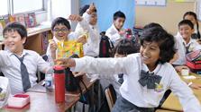 都内「留学」どう? インドの子らと パパ記者リポート