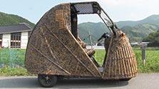 トラ模様の電気自動車、虎斑竹アピール 高知の竹材店
