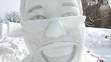ピコ太郎も雪像に さっぽろ雪まつり、準備大詰め