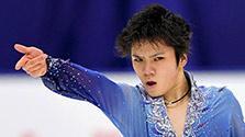 力強さと華やかさ 冬季アジア大会、スライドショーで