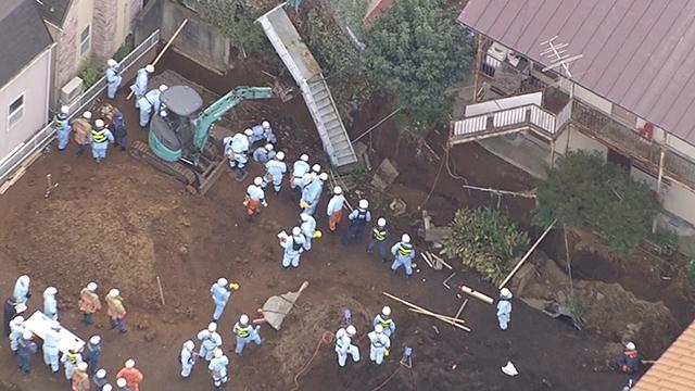 工事現場で土砂崩れ、作業員が下敷きに 東京?板橋