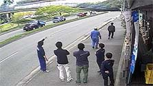 兵庫)橋桁落下1週間 撤去めど立たず 市民生活に影