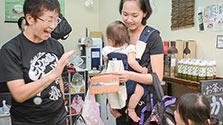 益城町に仮設商店街オープン 15店「ここから元気を」