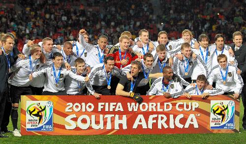 写真:ウルグアイを破って3位になったドイツの選手たち=杉本康弘撮影