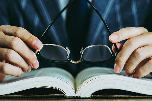 「マンガや映画の方がはるかに楽しかった」……読書嫌いだった小説家の告白