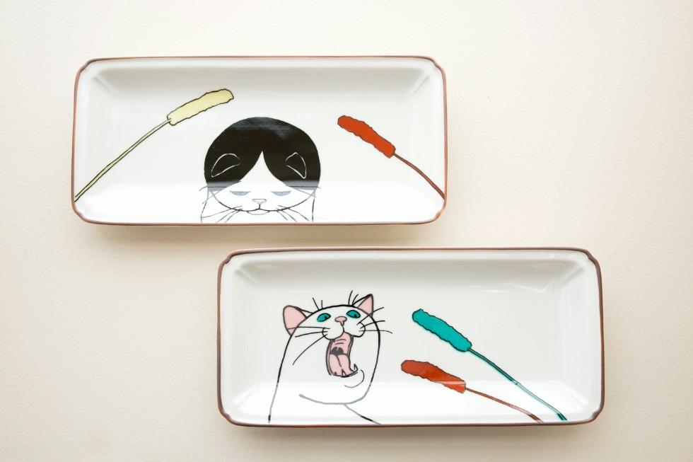 九谷焼の転写技術を使って展開している「KUTANI SEAL(クタニシール)」の長皿(各3564円)