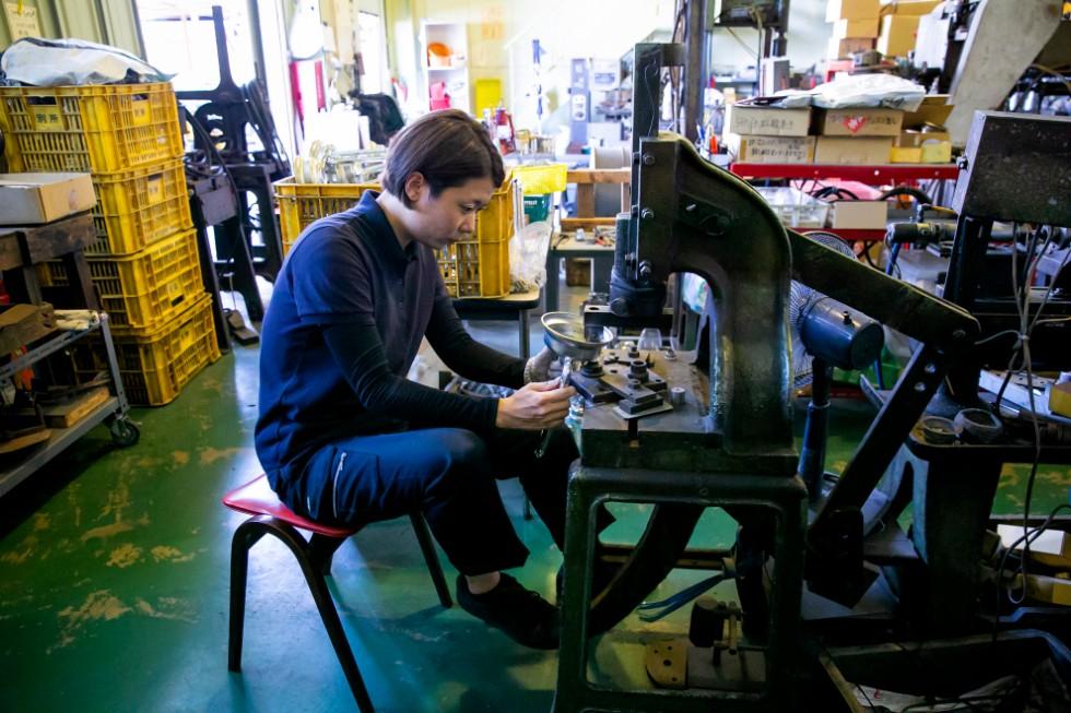 手と足を動かす機械の操作には、ドラムでの経験がいかされているそう