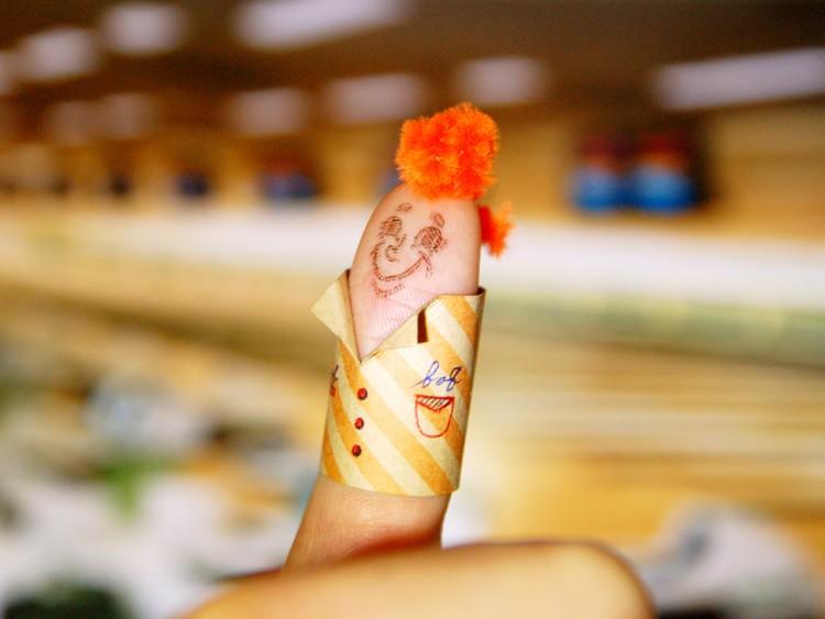 イェーイ! 親指を楽しく変身させるアイテム<br>「Thumbs up! stamp」