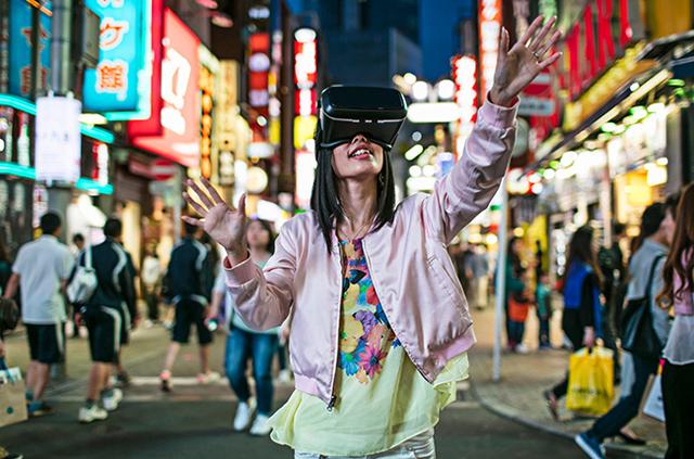 飲み会もヘッドセットをつけてVRの時代!? 安価な「Oculus Go」で生活変わるかも