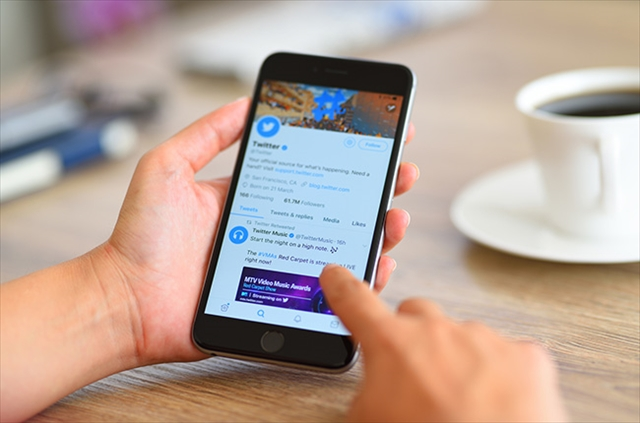 ツイッター社は、アメリカ中間選挙を見越してフェイクニュース対策に乗り出した [gettyimages]