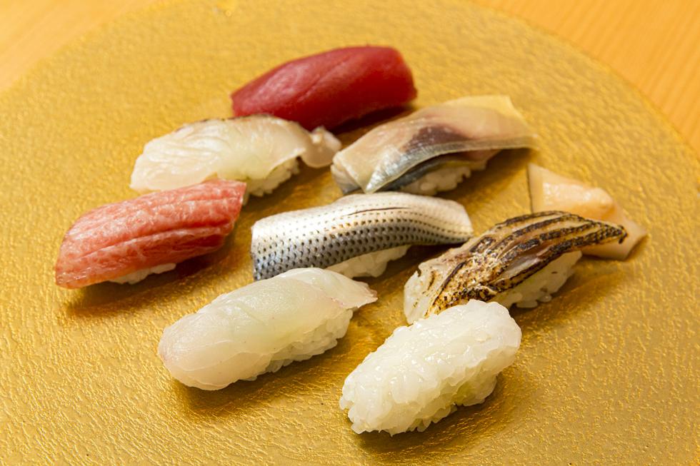 「安いのに、値段以上においしいものが食べられる!」 大御所シェフが感激したすし店「恵比寿ほし」