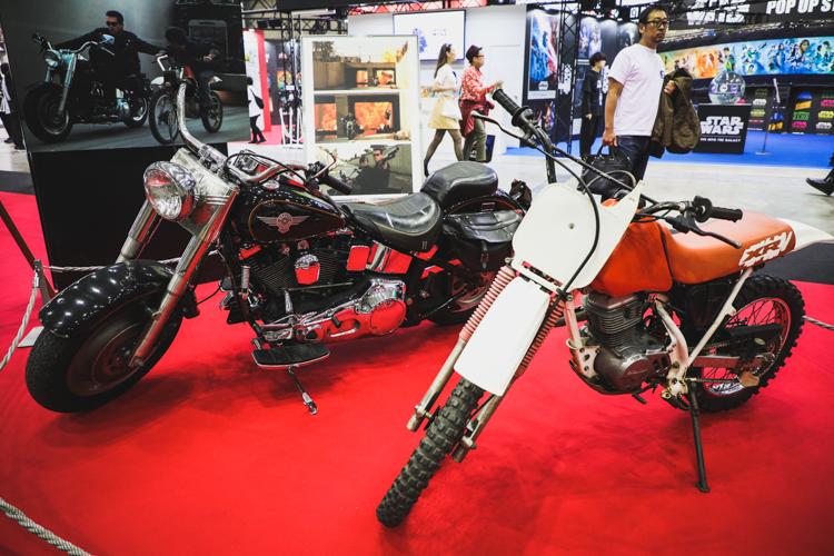 ターミネーターで使われたバイクが展示されている