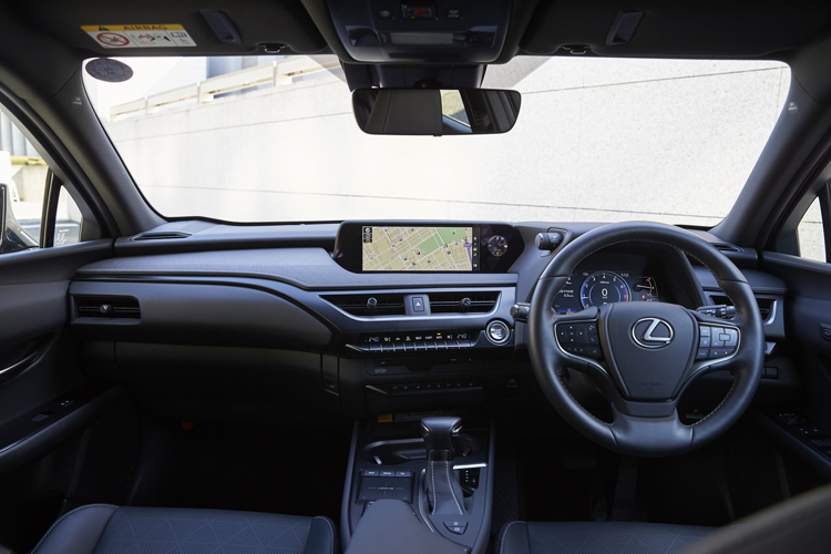 レクサスUX200の内装・ハンドル