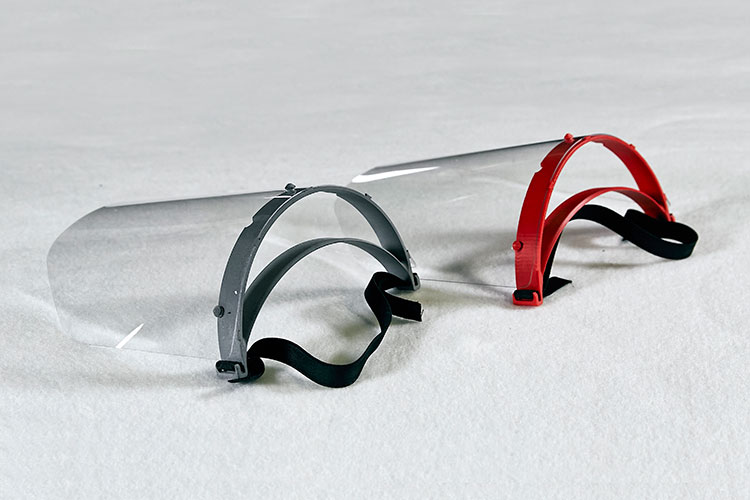 ランボルギーニが作る顔面保護用シールド(写真=Lamborghini提供)