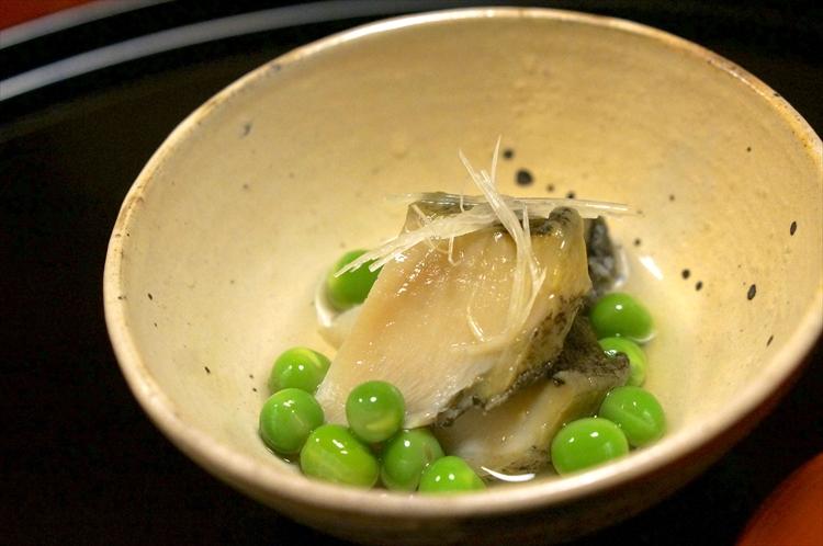 うすい豆とアワビ