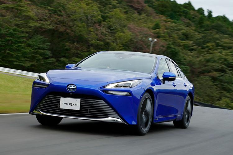 印象は「実にナチュラル」 トヨタの燃料電池車「MIRAI」新型プロトタイプに試乗