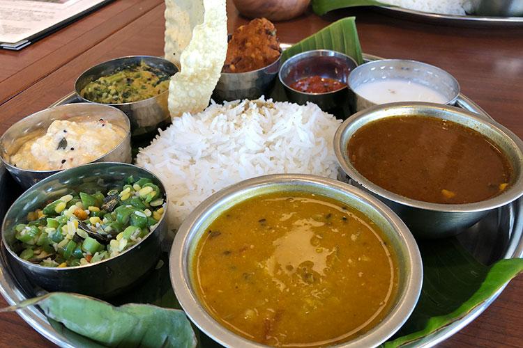 素材に徹底的にこだわるヘルシーなミールス「南印度料理 タミルナドゥ」(東京・目黒)