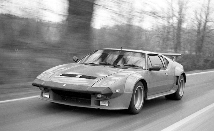 500馬力を超えるパワーを誇ったレース仕様の「GT4」をベースに市街地で乗れるように仕立てた「GT5」(1980年)