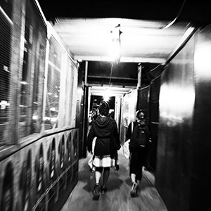 (96) 雑踏のスピードに感じる孤独 永瀬正敏が撮ったニューヨーク