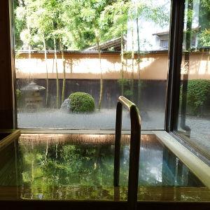 温泉+アート 那須の薬膳ランチと、薬湯の板室温泉「大黒屋」