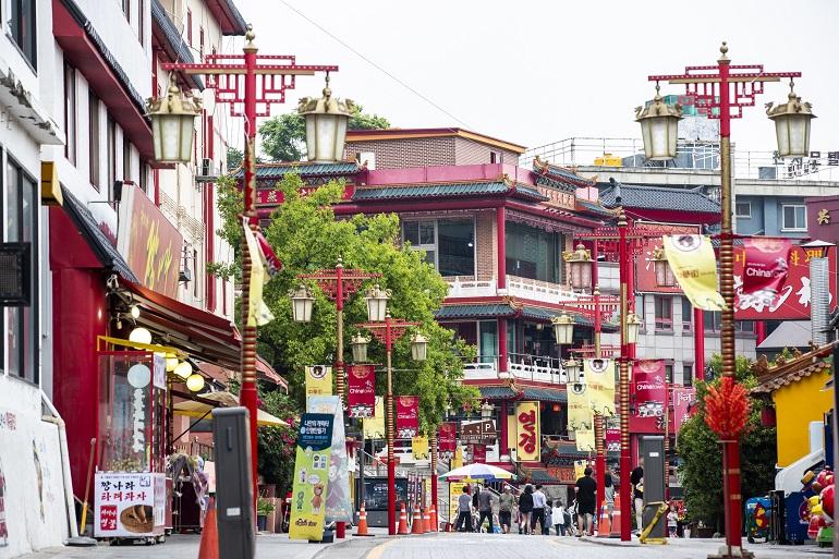 シンポ国際市場から徒歩圏内の中華街