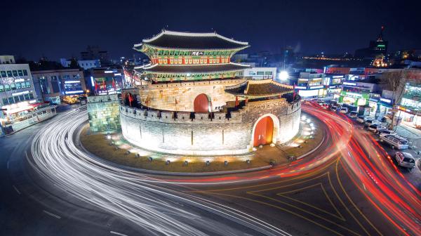 定番のソウルから郊外へ 歴史と文化味わう