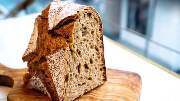 パリの日常を吉祥寺で。100年先も変わらぬパン