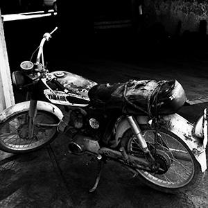 (111) イカしたバイクの秘密とは 永瀬正敏が撮ったイラン