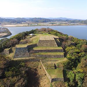 気分は大航海! 360度のパノラマが広がる絶景の海城 米子城 (1)
