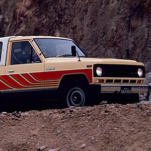 泥くささが魅力 悪路に強い実用性重視の4WD 日産サファリ160系