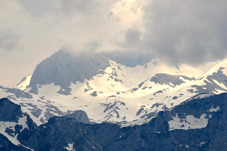 迫力ある雪山