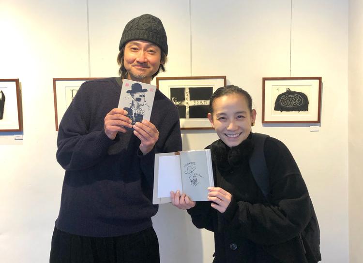 銅版画家タダジュンさんの展覧会にてご本人と
