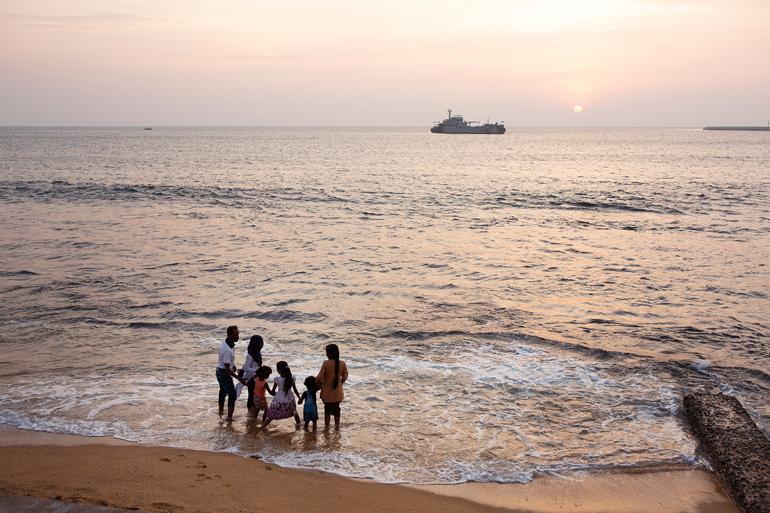 家族で過ごすスリランカの人たちの大事な時間