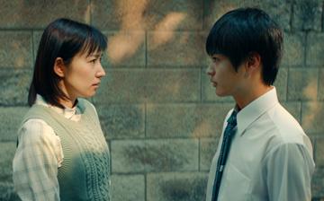 俳優・徳永えりさん「憧れの30代、なった瞬間にガッツポーズ!」