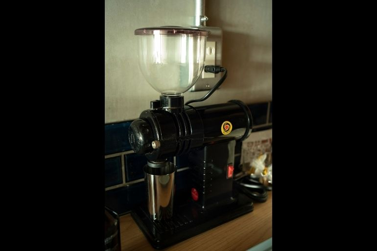転居後の買い物で一番高い道具。コーヒーミルみるっこ。カフェ経営の友人のお勧め