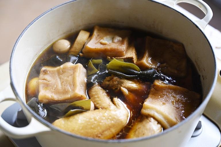 煮込めば気持ちは台湾へ 家でつくるアジアのおつまみ「ルーウェイ」