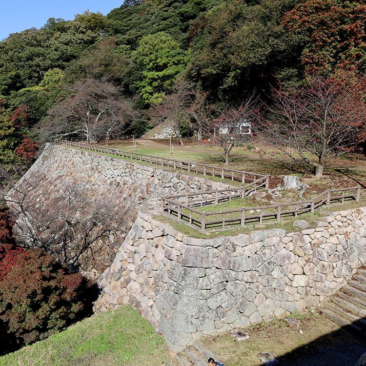 戦国時代と江戸時代 異なる時代の姿が共存 鳥取城(1)