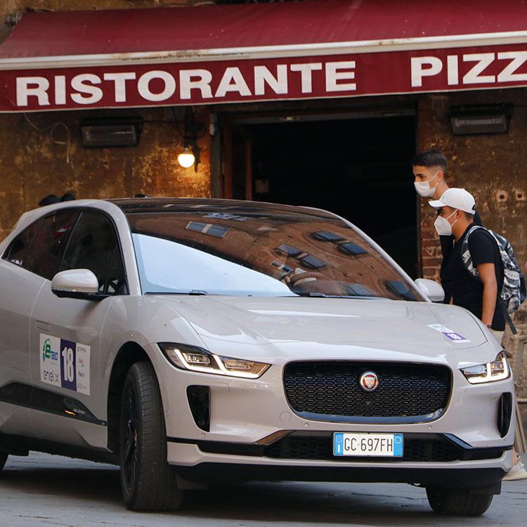 「意外」が相次いだEV走行会 イタリア人と環境対策車の親和性は?