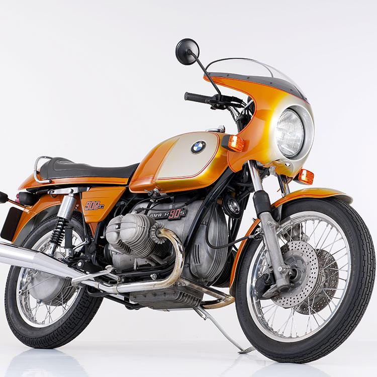 免許を持っていない人でも憧れた、美しい二輪車 BMW R90S