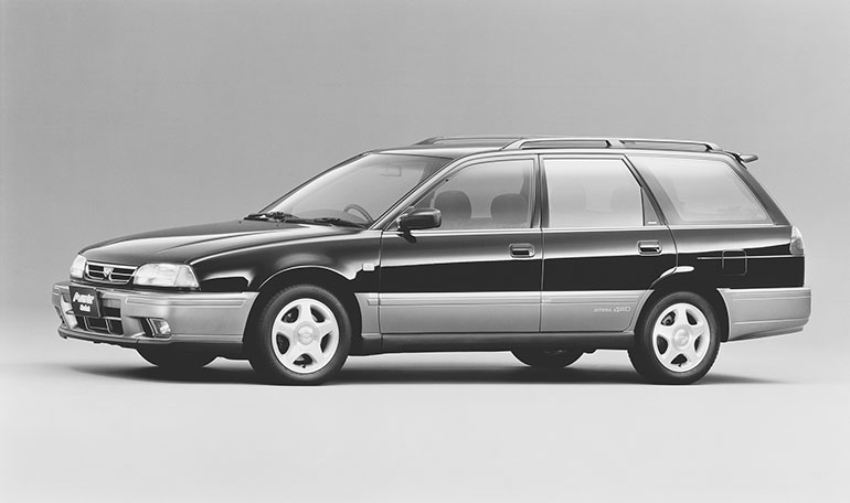 スポーティーなアベニールサリューX GTターボ4WD(1995年)