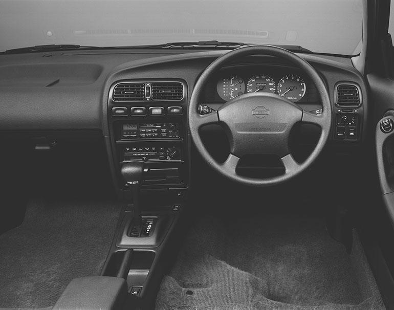 アベニールサリューX GTターボ4WDのダッシュボード