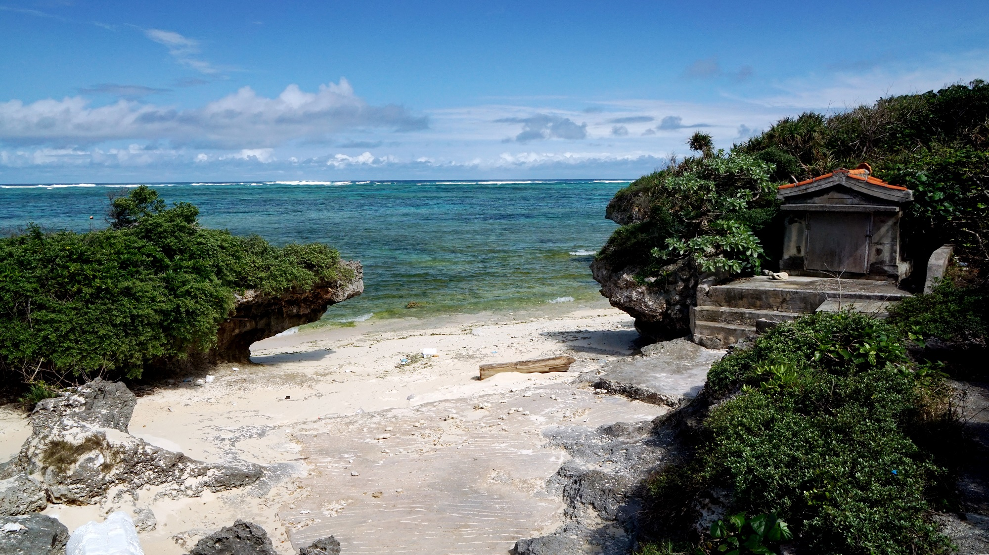 島の宝である、伝統や美しい自然が残されている多良間島©T.Itoga / T & t Japan