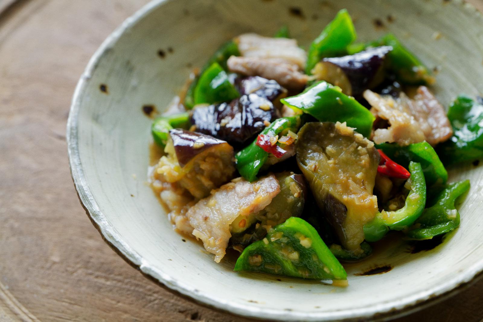 の なす 豚肉 料理 と めちゃめちゃゴハンがすすむ!茄子と豚肉の味噌炒め レシピ・作り方