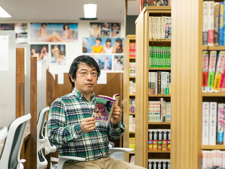 「まずはブックカフェからはじめましたが、この先、株式会社新橋大好きとして、他にも考えたアイデアを実現していきたいと思っています」(オーナーの鈴木清一さん)